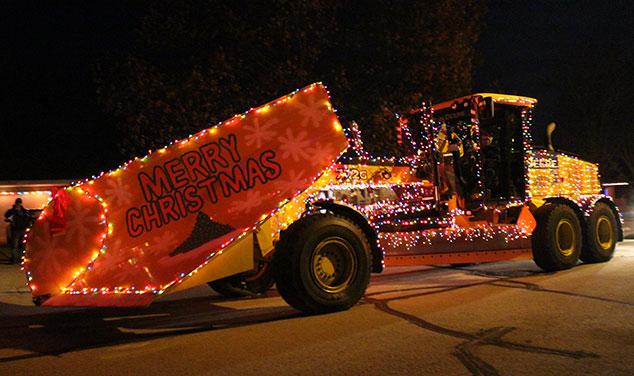 christmas-parade-excavator